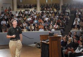 Randy Pausch, en su clasemagistral, que transmitió a los estudiantes de la Universidad Carnegie Mellon