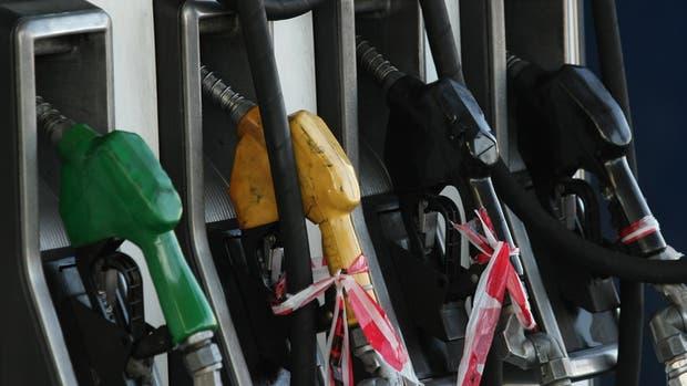 El Gobierno bajará aranceles a la importación de equipos del sector petrolero