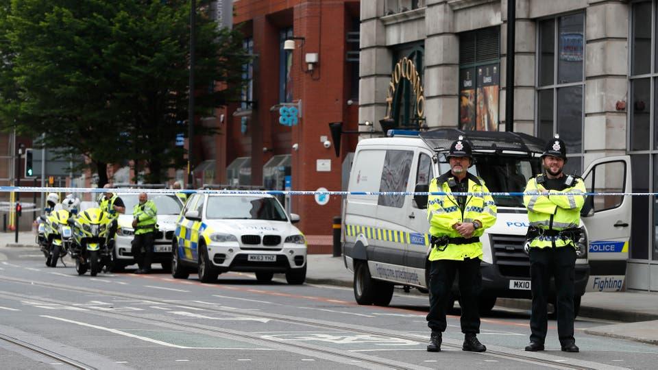 En las calles de Manchester hay gran despliegue policial. Foto: AP