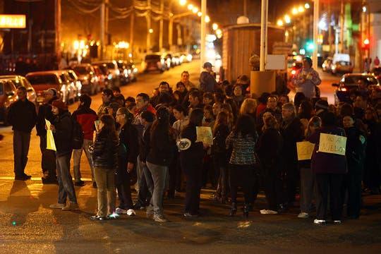 Río Gallegos. Miles de personas se agruparon en los principales centros demográficos para manifestarte contra el Gobierno. Foto: LA NACION / Horacio Córdoba