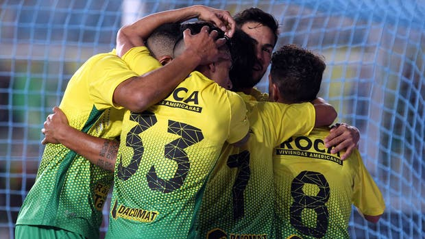 Defensa festejó ante Temperley