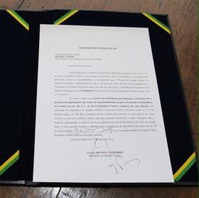 La notificación, firmada por Temer. Foto: Twitter