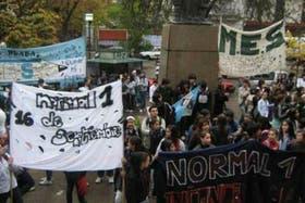 """Alumnos y docentes cuestionaron la puesta en marcha de los cambios """"sin consenso"""""""