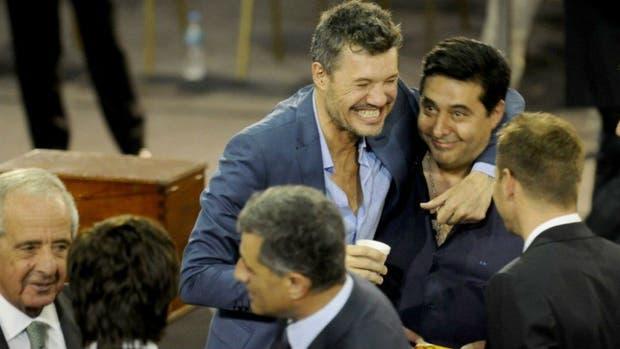 Los cargos que ocuparían en la AFA Marcelo Tinelli y Rodolfo D'Onofrio si forman la lista de consenso con Tapia-Angelici