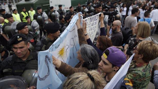 Fernández de Kirchner declara en proceso de concesión irregular de obras públicas