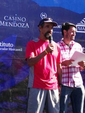 Julio Coronel es reconocido por haber participado en todos los maratones de Mendoza