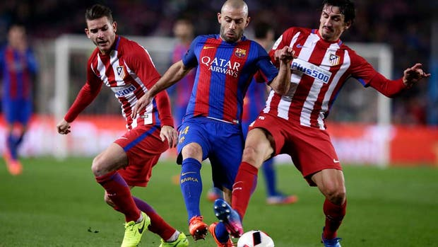 Barcelona le busca reemplazante a Mascherano