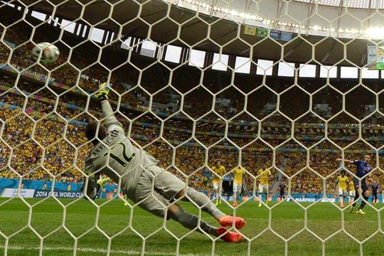 Ni el orgullo, Brasil fue goleado por Holanda 3 a 0. Foto: AFP