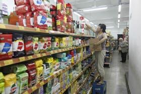 Los supermercados chinos no abrirán hasta el sábado