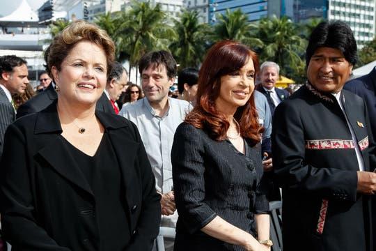 Dilma Rousseff, Cristina Kircher y Evo Morales asistieron a la misa de Francisco. Foto: AFP