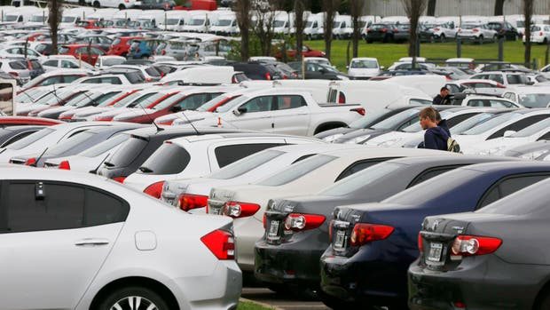 Sigue firme la venta de autos y motos