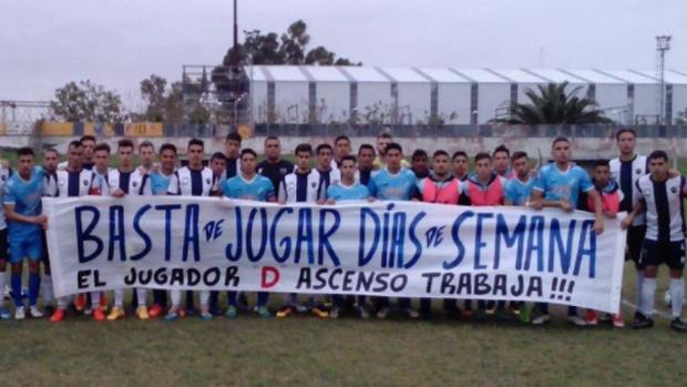 Los jugadores de Centro Español y Liniers