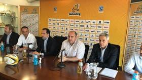 Mario Ledesma asumió como nuevo DT de los Jaguares