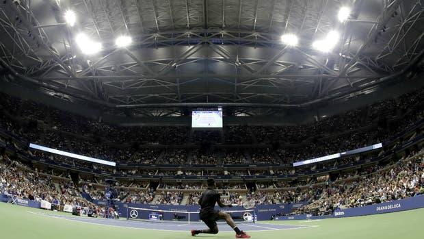 El techo cerrado del estadio Arthur Ashe generó controversias