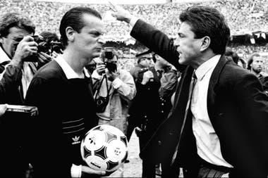 La discusión con Passarella, el día que le echó cuatro jugadores a River y también al Kaiser, en el Monumental