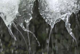 El derretimiento del hielo es consecuencia directa del calentamiento producido por la actividad humana