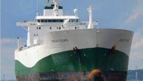 Uno de los mayores percances que se encontró en su recorrido fue un barco mercante que casi se lo embiste