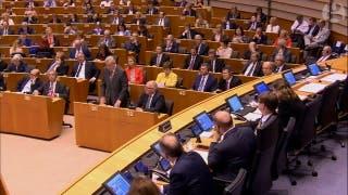 Jean Claude Juncker a Nigel Farage 'Por qué están aquí?'