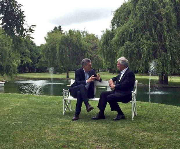 Los presidentes Macri y Vázquez, ayer, en la residencia de Olivos