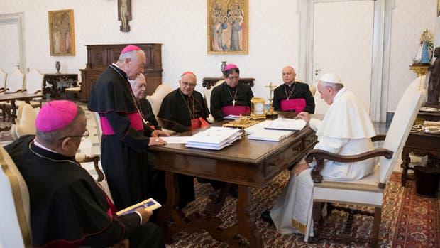 Francisco, durante el encuentro de ayer con representantes de la Conferencia Episcopal Venezolana