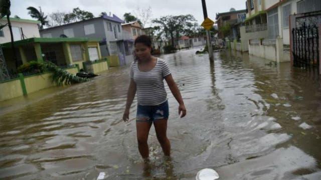 Muchas de las calles de Puerto Rico permanecen inundadas tras el paso de María