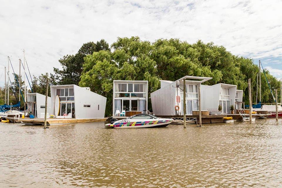 Casas flotantes con acceso desde el río o el Yacht Club Buenos Aires