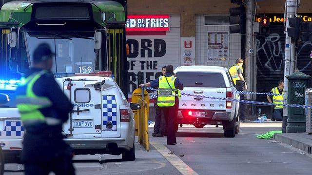 Pánico en Australia: un auto embistió a una muchedumbre e hirió a al menos 14 personas