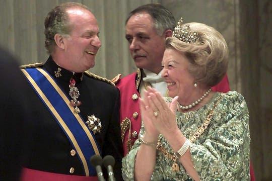 Felipe VI: una vida preparándose para ser el rey que salve ... Felipe Salve