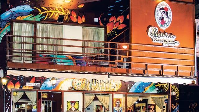Una lograda fusión de comida francesa y mexicana espera en Catrina