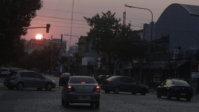 La Av. Alberdi sin semáforos por los cortes de luz