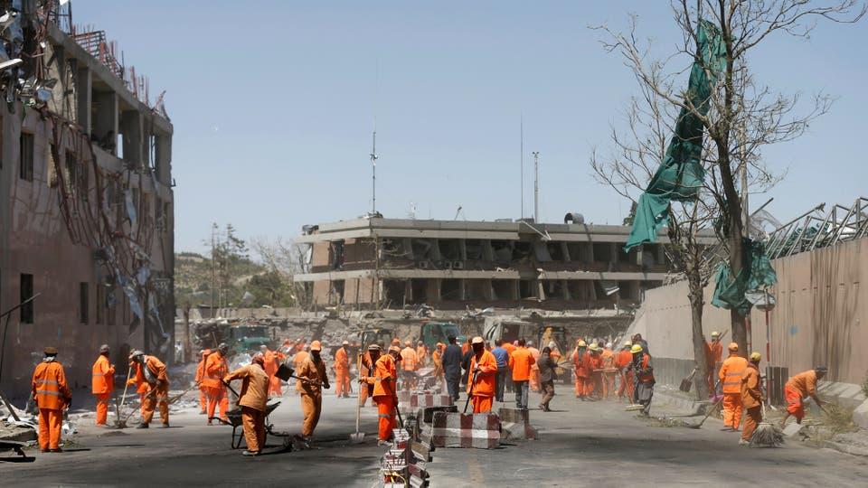 La explosión masiva sacudió una zona diplomática en Kabul. Foto: Reuters