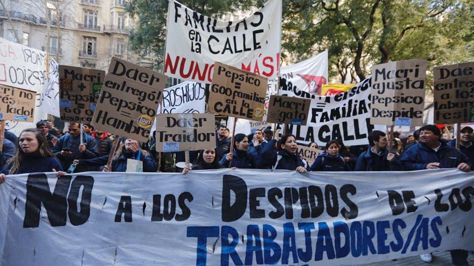 Con grandes carteles se manifestaron contra el Gobierno. Foto: LA NACION / Ricardo Pristupluk