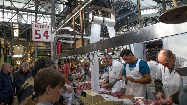 El mercado abre de 8 a 21