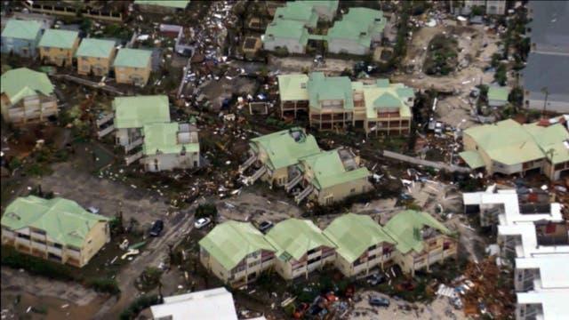 También está el huracán José, que se formó ayer sobre las aguas y que por ahora tiene categoría 1