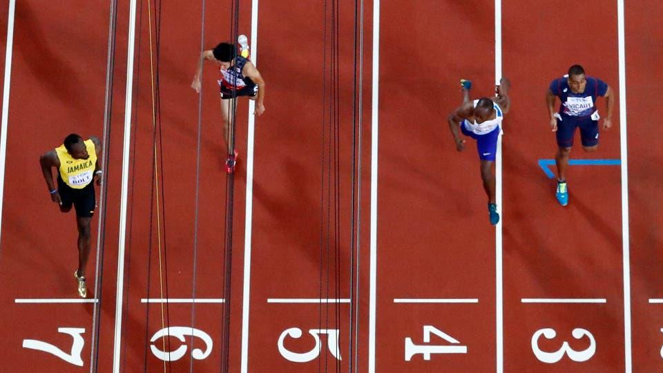 Usain Bolt empezó su despedida sin transpirar:. Foto: AP