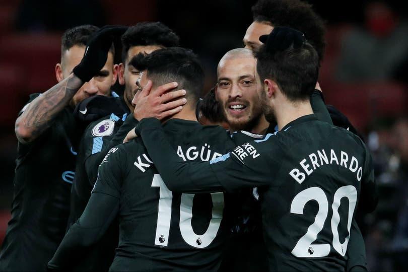 Manchester City visita a Arsenal en un partido por la Premier League