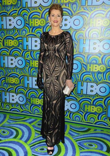 Jane Fonda, siempre elegantísima, usó un vestido de mangas largas en el que combinó transparencias. Foto: AP/EFE/Reuters