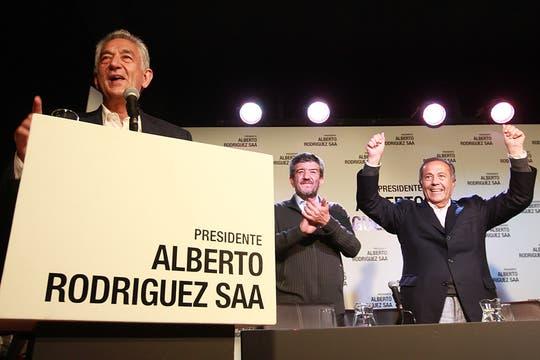 """""""En San Juan salimos segundos, como en La Rioja. También hemos hecho una excelente elección en la Ciudad de Buenos Aires"""", concluyó Rodríguez Saa. Foto: LA NACION / Silvana Colombo"""