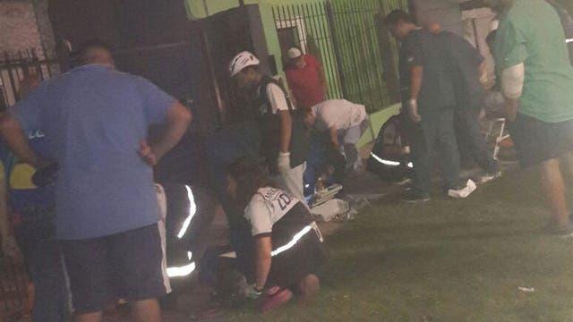 Una avalancha terminó con hinchas de Boca heridos