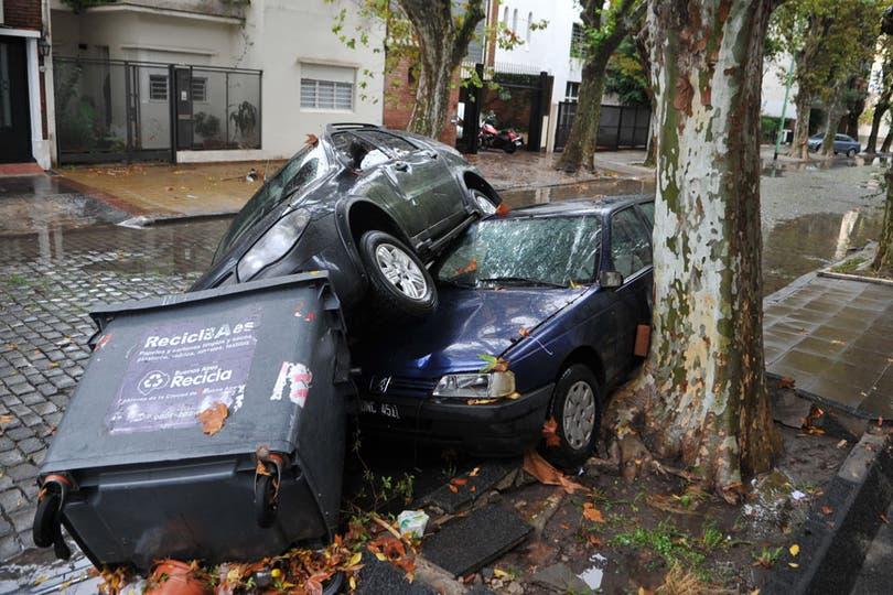 El temporal tuvo un fuerte impacto en la ciudad y el conurbano. Foto: Télam