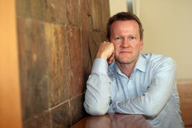 Pasi Sahlberg, uno de los máximos exponentes de la transformación educativa finlandesa