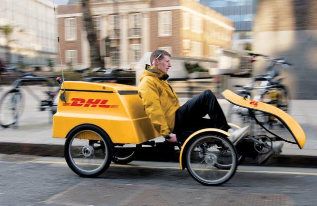 Beneficios: además de contribuir con la disminución de la polución y contaminación acústica, las bicicletas con soporte eléctrico reducen los costos de combustible y facilitan la llegada a las zonas con congestión vehicular