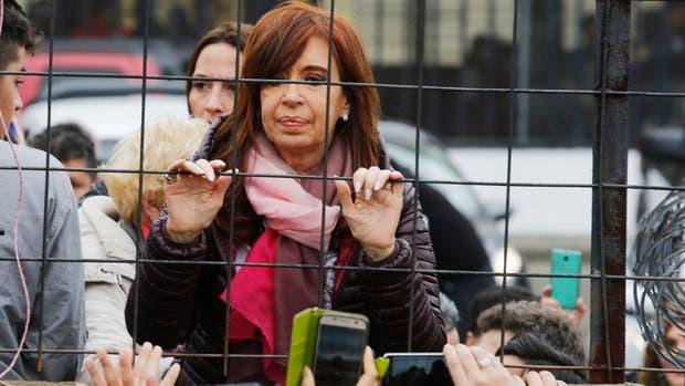 La Cámara Federal confirmó el procesamiento de Cristina por supuesta corrupción en la obra pública