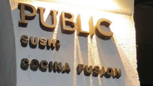 Sushi pero también cocina argentina, peruana y francesa, entre otras, se ofrecen en Public