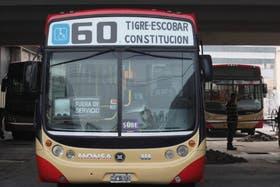 Tras 41 días de conflicto volverá a funcionar la línea 60 de colectivos
