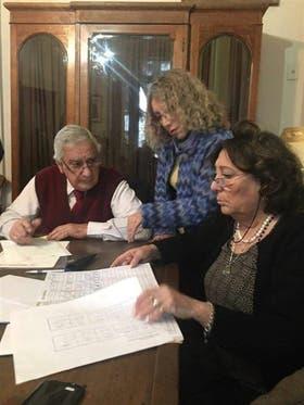 Papalardo firmó un acta al retomar su cargo