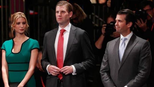 Ivanka, Eric y Donald Trump, tres de los cinco hijos del candidato a la presidencia republicano.