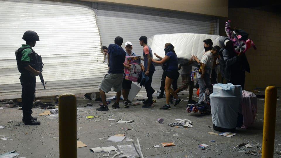 """""""Gasolinazo"""", la última crisis que golpea al gobierno de México. Foto: EFE / Luis Monroy"""