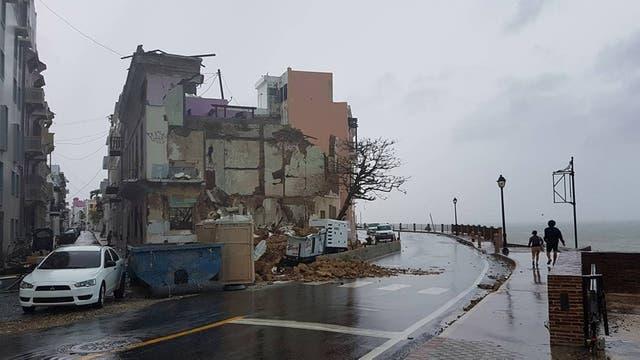 María causó al menos 10 muertos en su paso por el Caribe; en la imagen, parte de la ciudad de San Juan, en Puerto Rico