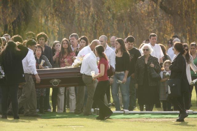 Inhumaron los restos de Ángeles Rawson